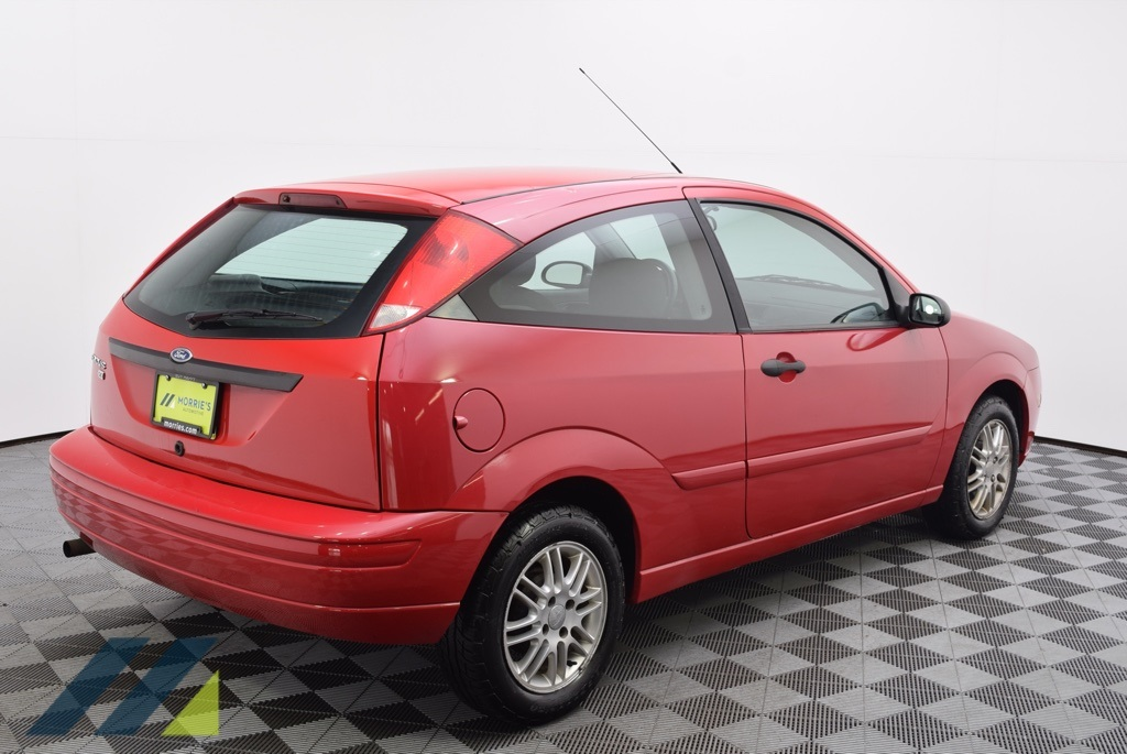 Pre-Owned 2007 Ford Focus S