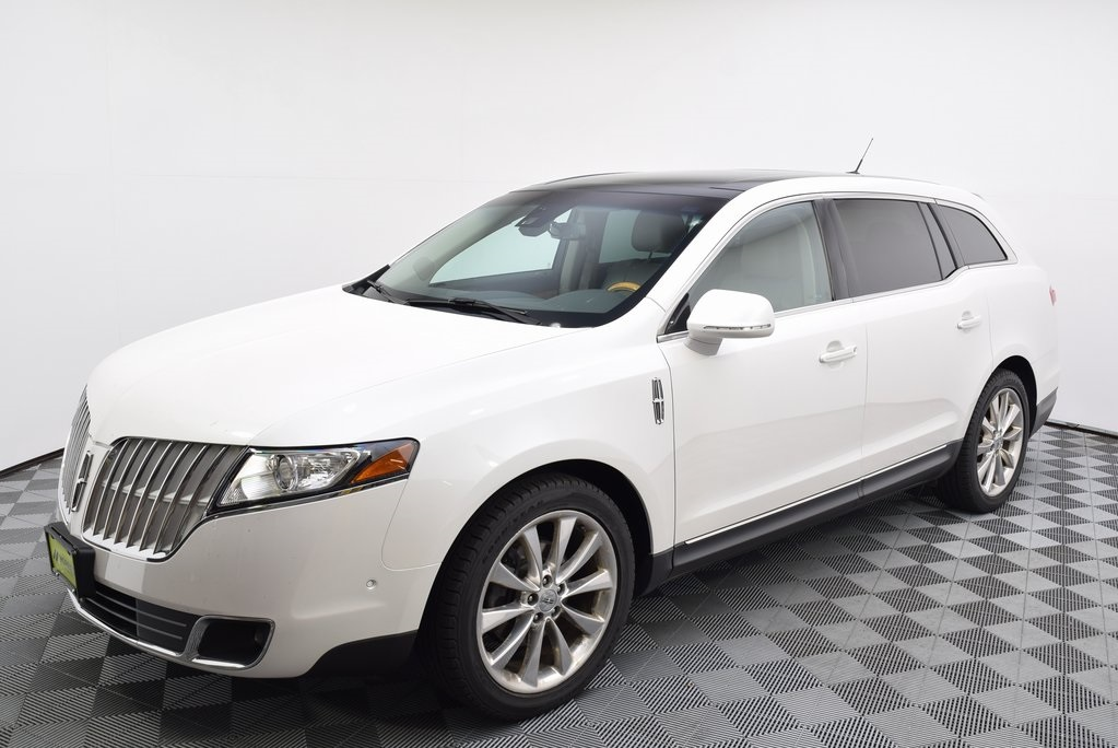 Pre-Owned 2012 Lincoln MKT EcoBoost