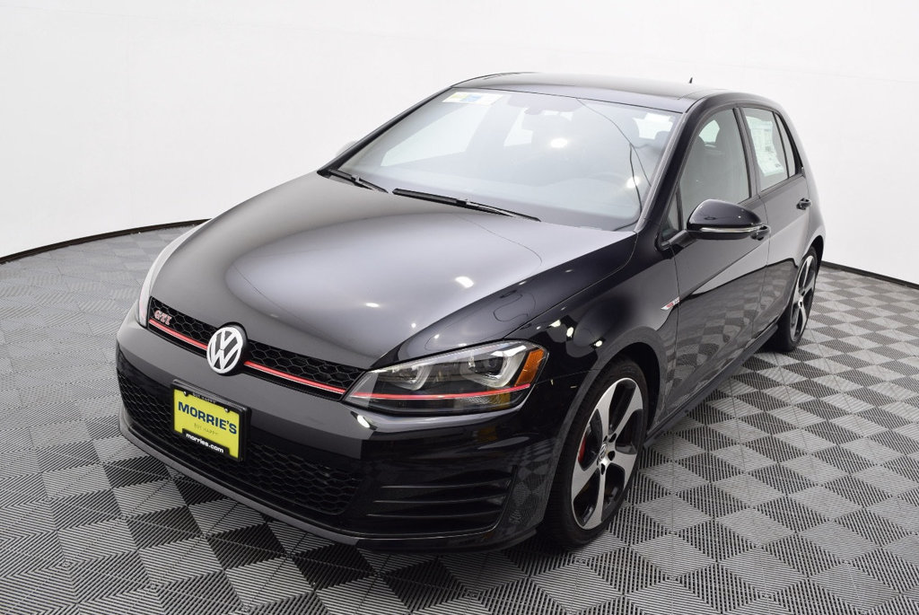 new 2017 volkswagen golf gti 2 0t 4 door se dsg hatchback in la crosse 7n04158 volkswagen la. Black Bedroom Furniture Sets. Home Design Ideas