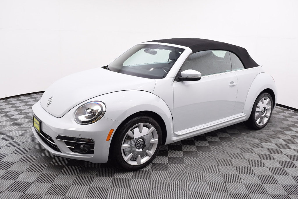 new 2018 volkswagen beetle 2 0t se 2d convertible in la crosse 7n71048 volkswagen la crosse. Black Bedroom Furniture Sets. Home Design Ideas