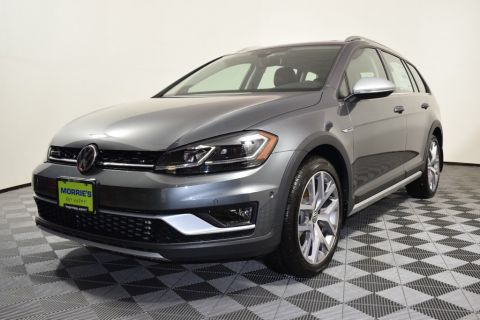 new volkswagen golf alltrack in la crosse volkswagen la crosse. Black Bedroom Furniture Sets. Home Design Ideas